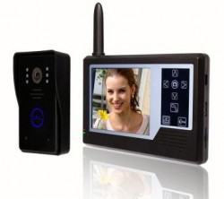 Video interfon wireless.Set camera exterior cu monitor color de 3.5 inch.Optional, disponibil cu 1, 2 si 3 monitoare.VIW-3